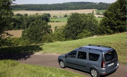 Dacia Gamma 2009 - Foto 92 di 99