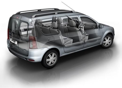 Dacia Gamma 2009 - Foto 96 di 99