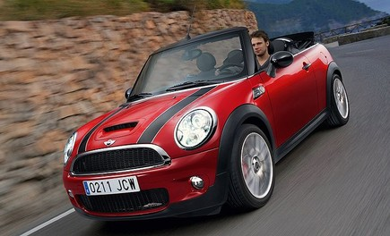 Mini John Cooper Works Cabrio - Foto 1 di 9