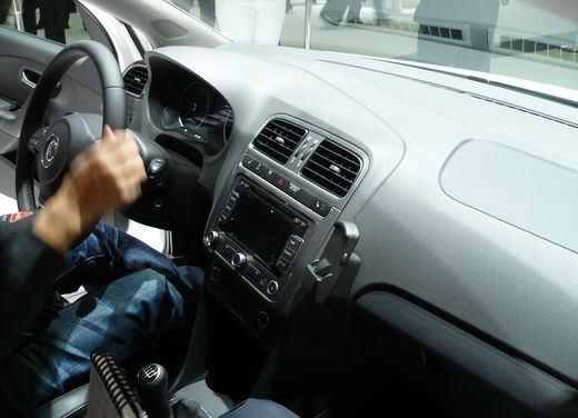 Nuova Volkswagen Polo - Foto 101 di 118
