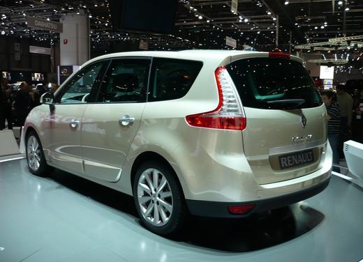 Nuova Renault Scenic - Foto 2 di 29