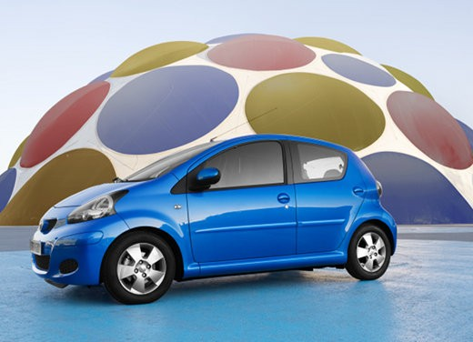 Toyota Aygo restyling 2012 - Foto 10 di 12