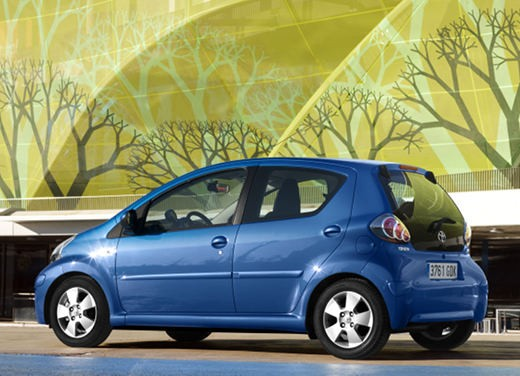 Toyota Aygo restyling 2012 - Foto 4 di 12