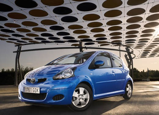 Toyota Aygo restyling 2012 - Foto 6 di 12