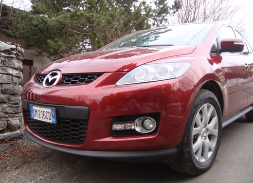 Nuova Mazda CX-7 – Long Test Drive - Foto 42 di 57