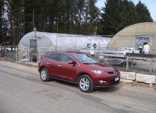 Nuova Mazda CX-7 – Long Test Drive - Foto 46 di 57