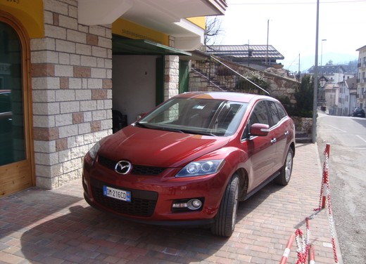 Nuova Mazda CX-7 – Long Test Drive - Foto 51 di 57