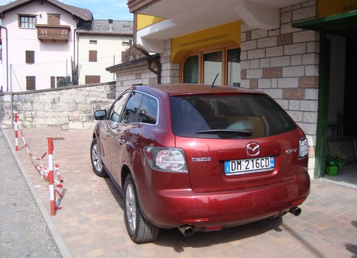 Nuova Mazda CX-7 – Long Test Drive - Foto 54 di 57