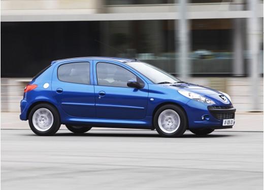 Promozioni Peugeot su Peugeot 208, 207 ed anche su PEUGEOT 206 PLUS GPL offerta a 9.900€ anzichè 13.300 euro - Foto 6 di 14