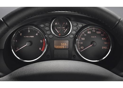 Promozioni Peugeot su Peugeot 208, 207 ed anche su PEUGEOT 206 PLUS GPL offerta a 9.900€ anzichè 13.300 euro - Foto 11 di 14