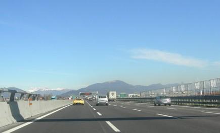 Abruzzo: autostrade A24 e A25 chiuse per terremoto - Foto 4 di 4