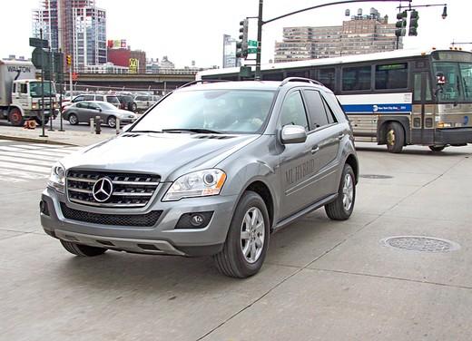 Mercedes ML 450 Hybrid - Foto 15 di 17