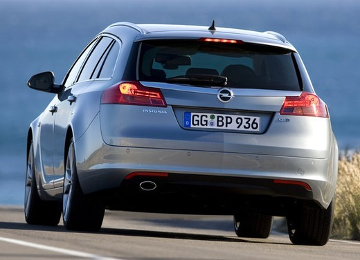 Opel Insignia GPL - Foto 19 di 39