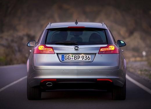 Opel Insignia GPL - Foto 20 di 39