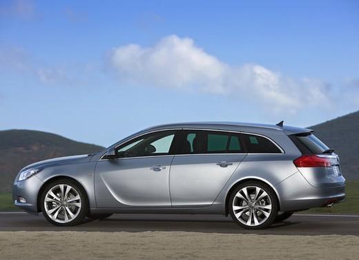 Opel Insignia GPL - Foto 21 di 39
