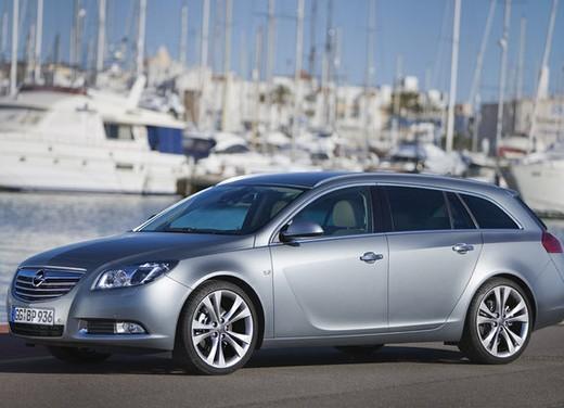 Opel Insignia GPL - Foto 22 di 39