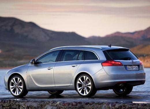 Opel Insignia GPL - Foto 31 di 39