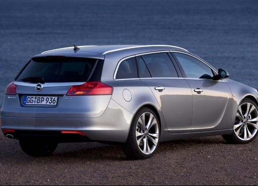 Opel Insignia GPL - Foto 32 di 39