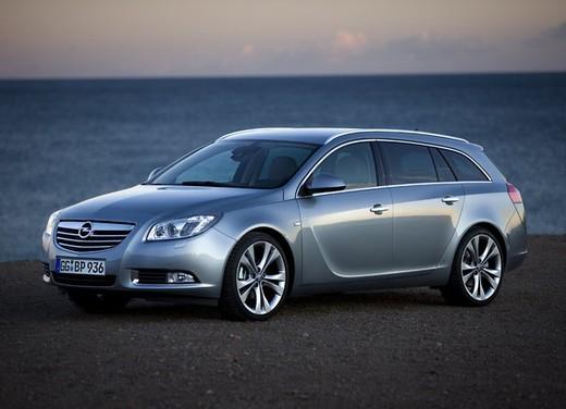 Opel Insignia GPL - Foto 33 di 39