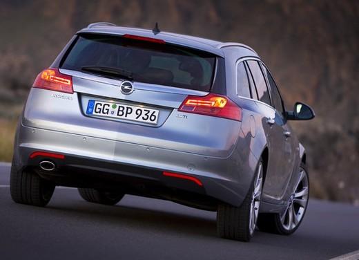 Opel Insignia GPL - Foto 35 di 39