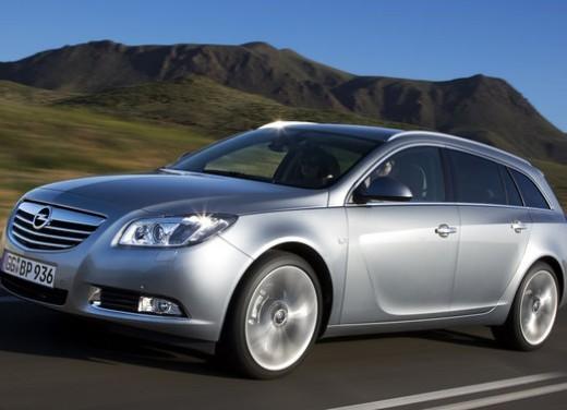 Opel Insignia GPL - Foto 16 di 39