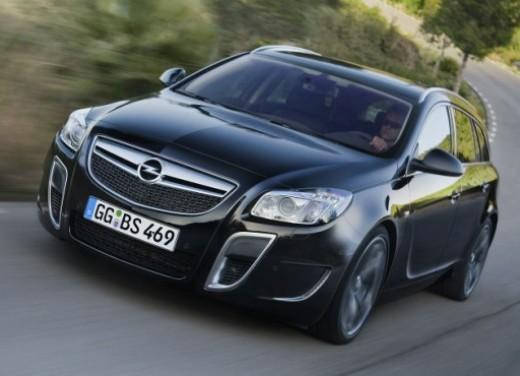 Opel Insignia GPL - Foto 1 di 39