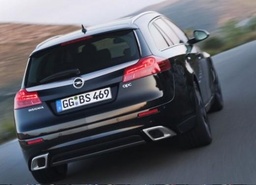 Opel Insignia GPL - Foto 4 di 39