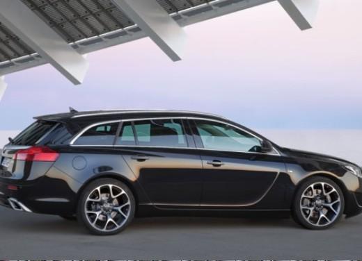 Opel Insignia GPL - Foto 24 di 39