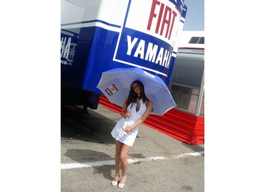 Fiat Yamaha Umbrella Girls - Foto 10 di 18