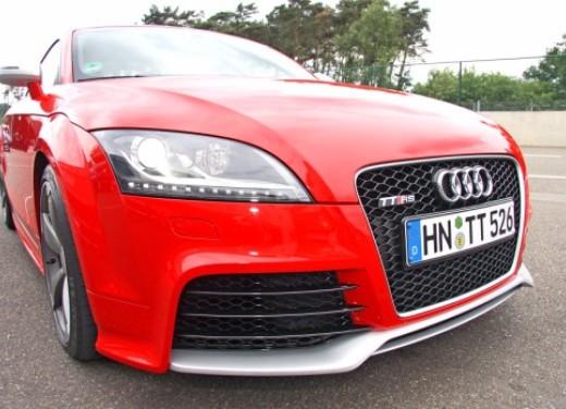 Audi TT RS - Foto 11 di 60