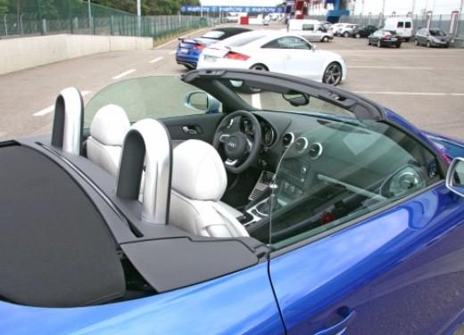 Audi TT RS - Foto 12 di 60