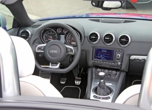 Audi TT RS - Foto 17 di 60