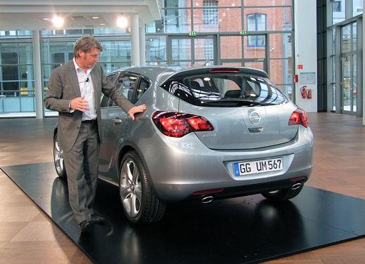 Nuova Opel Astra - Foto 30 di 109