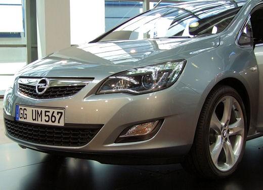 Nuova Opel Astra - Foto 35 di 109
