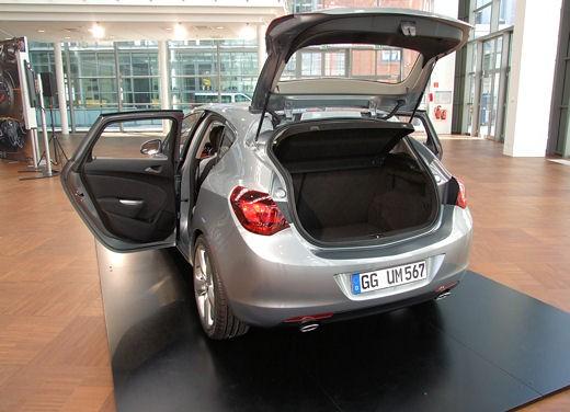 Nuova Opel Astra - Foto 40 di 109