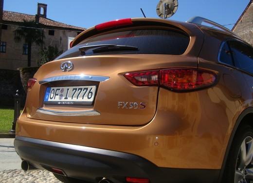 Infiniti FX50 – Long Test Drive - Foto 21 di 49