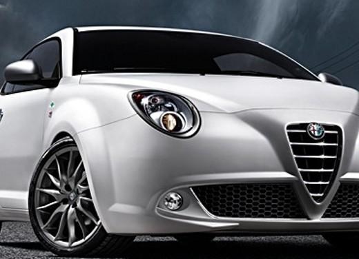 Alfa Romeo MiTo Quadrifoglio Verde con Alfa Active Suspension - Foto 15 di 17