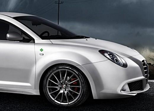 Alfa Romeo MiTo Quadrifoglio Verde con Alfa Active Suspension - Foto 13 di 17