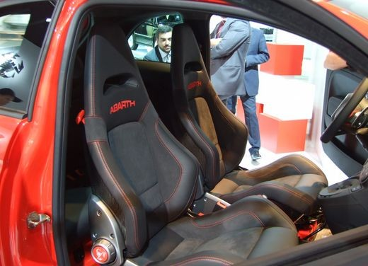 Fiat 500 Abarth 695 Tributo Ferrari - Foto 6 di 29