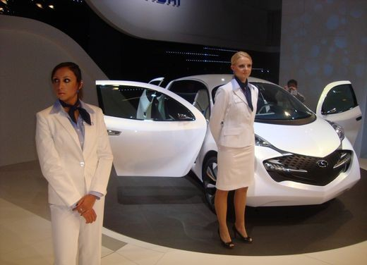 Salone Auto Francoforte 2009 – Girls - Foto 94 di 137