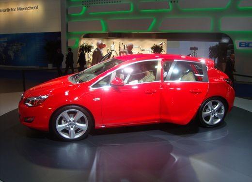 Nuova Opel Astra - Foto 8 di 109