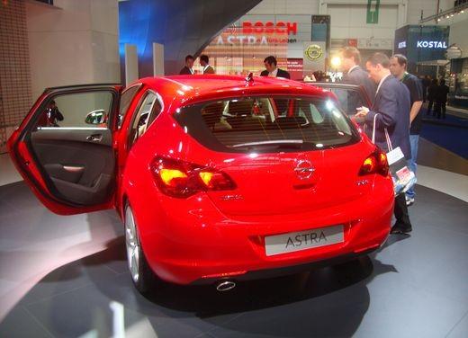 Nuova Opel Astra - Foto 10 di 109
