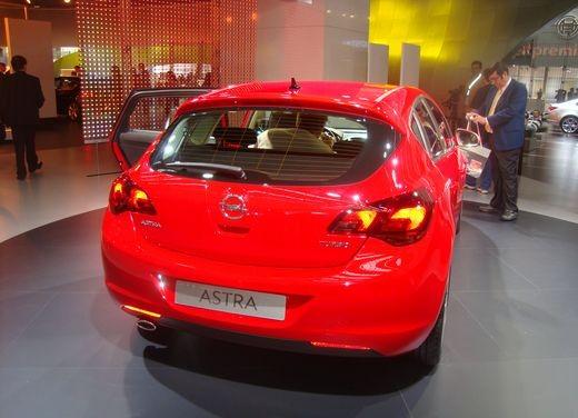 Nuova Opel Astra - Foto 12 di 109