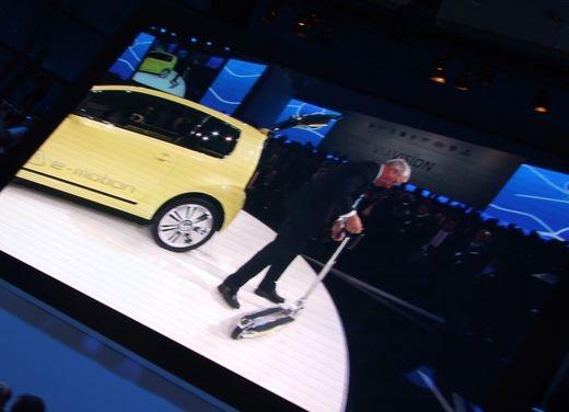 Volkswagen E-Up! concept - Foto 9 di 10