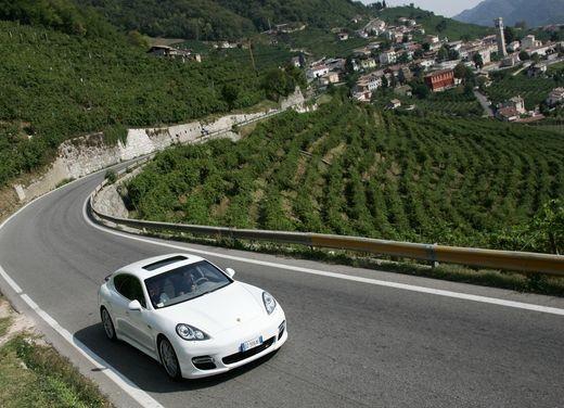 Porsche Panamera Turbo – Test Drive - Foto 1 di 54