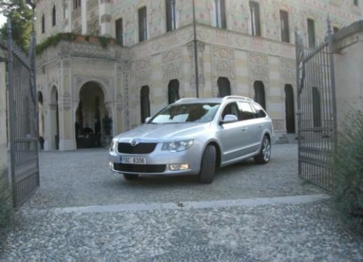 Skoda nuova Superb Wagon – Test Drive - Foto 16 di 25