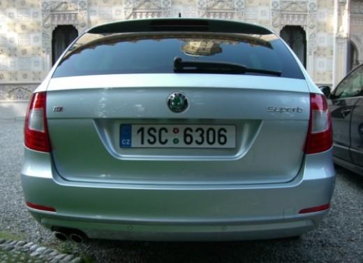 Skoda nuova Superb Wagon – Test Drive - Foto 24 di 25