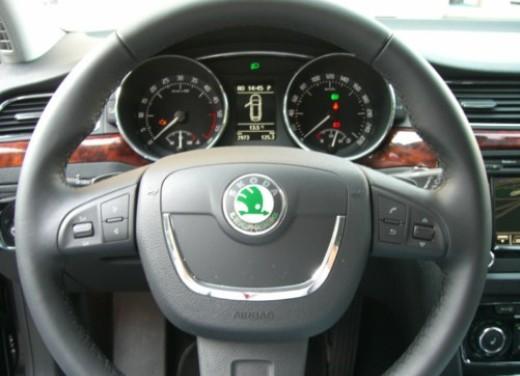 Skoda nuova Superb Wagon – Test Drive - Foto 5 di 25