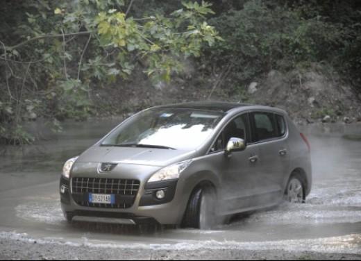 Peugeot 3008 - Foto 2 di 26