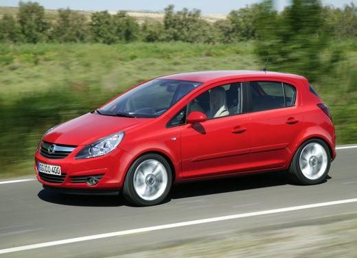 Opel - Foto 1 di 13